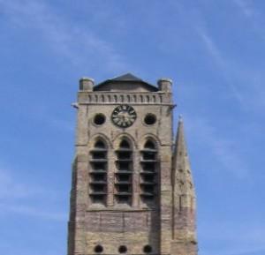 Afgeknotte torenspits van de Sint-Niklaaskerk in Veurne
