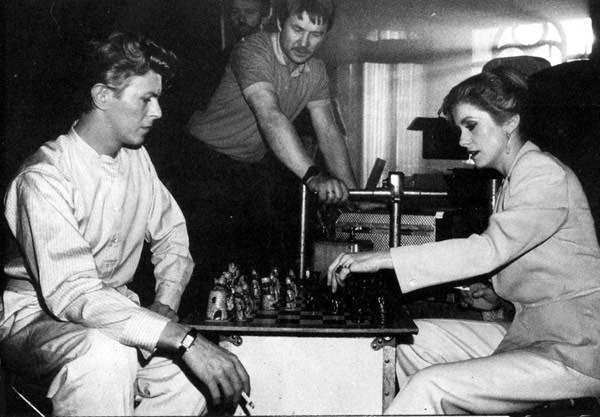 bowie-deneuve-chess1